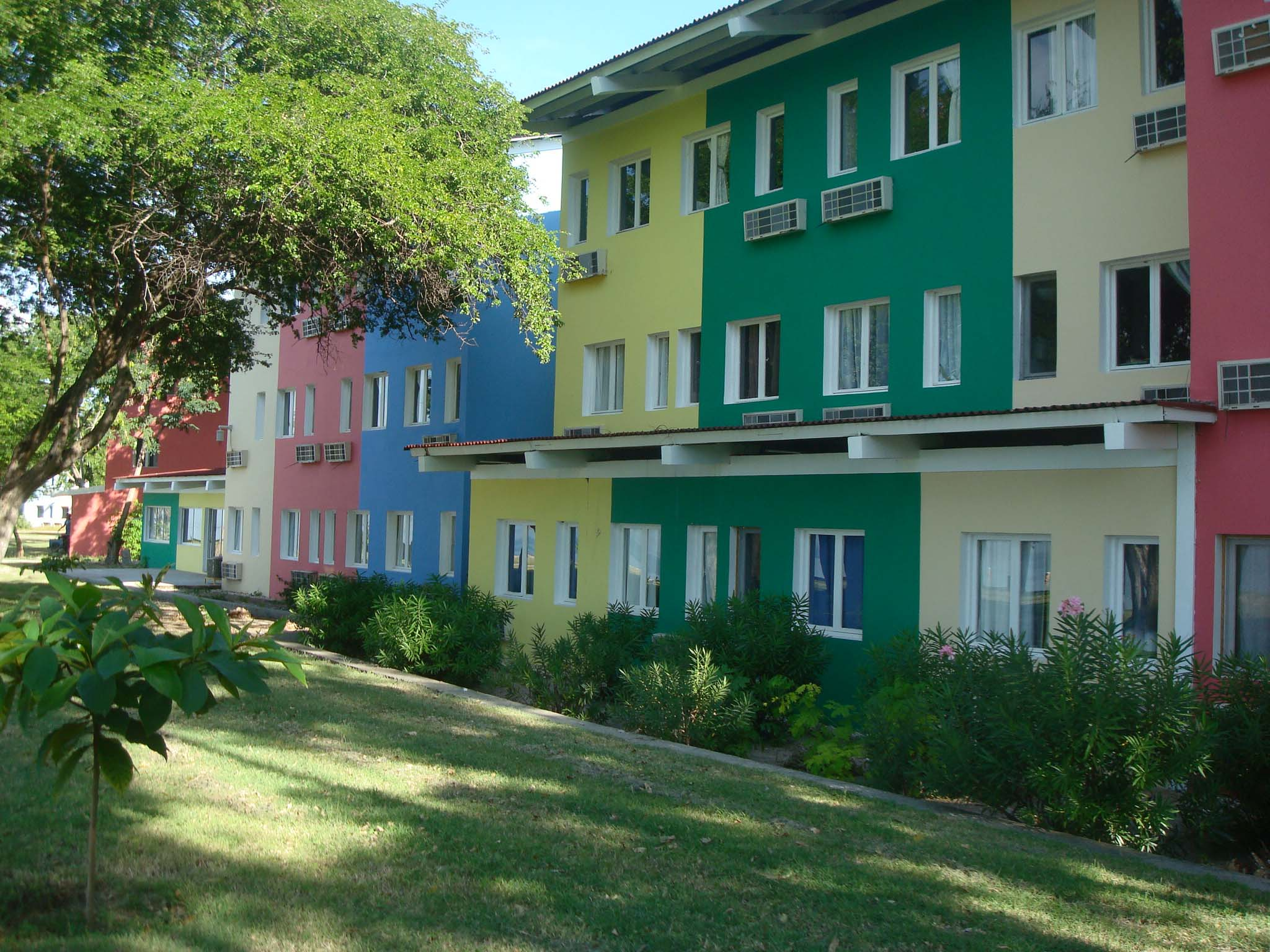 ci-hotel-2